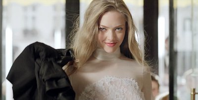 Video: Amanda Seyfried Is Irresistible in Givenchy Perfume Ad