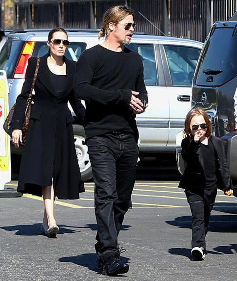Angelina Jolie and Brad Pitt Take Their Twins to Museum on Valentine's Day