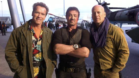 Arnold Schwarzenegger Relaxing With Buddies in 'Expendables II' Set Photo