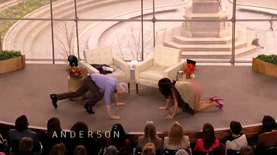 Bethenny Frankel Accidentally Gives Live TV Audience Full View of Her Panties