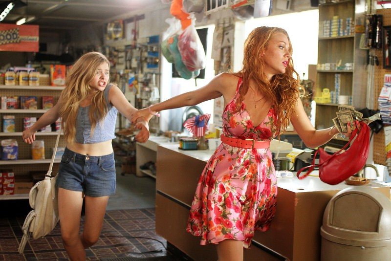 First Official Look at Blake Lively and Chloe Moretz in 'Hick'