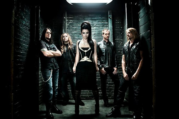 Evanescence Thrilled by Triumphant Comeback at No. 1 on Hot 200