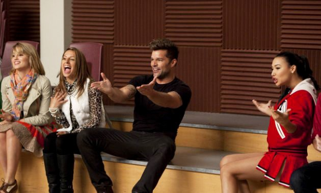 'Glee' Clip: Ricky Martin Wows New Directions With 'Sexy and I Know It'