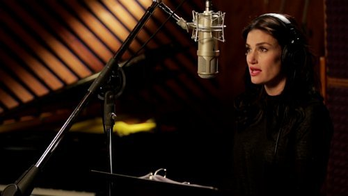 Idina Menzel Drops Video for 'Learn to Live Without' From 'If/Then' Musical