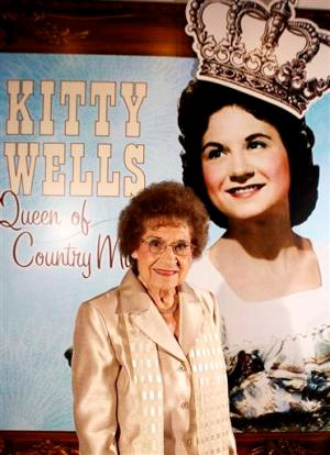 Kitty Wells Dies at 92, Country Music Mourns Her Passing