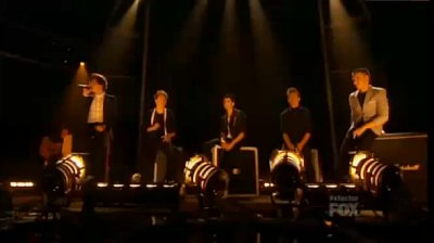 One Direction Give Pro Performance at U.S. 'X Factor'