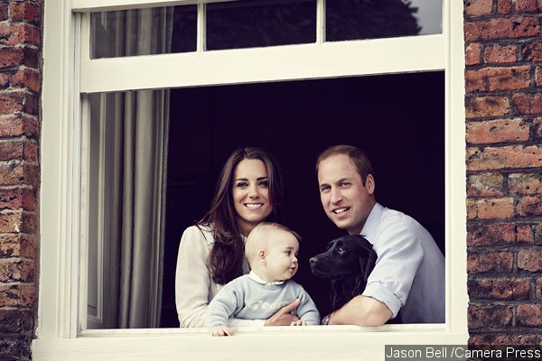 Prince George Poses With Parents and Dog in New Official Photo