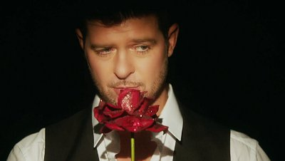 Robin Thicke Parties With Showgirls in 'Feel Good' Music Video