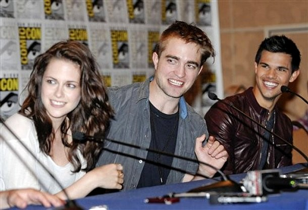 SDCC 2011: Details of 'Breaking Dawn Part 1' Clips