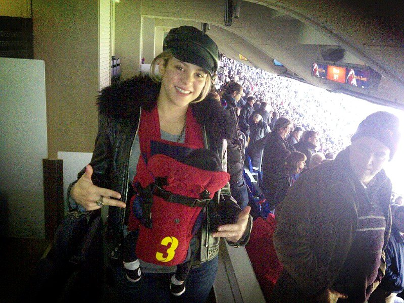 Shakira Takes Son to Watch Soccer Match