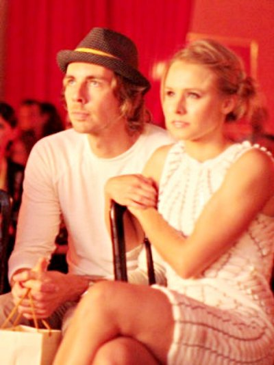 Kristen Bell Warns 'Burlesque' Viewers to Expect No Nudity