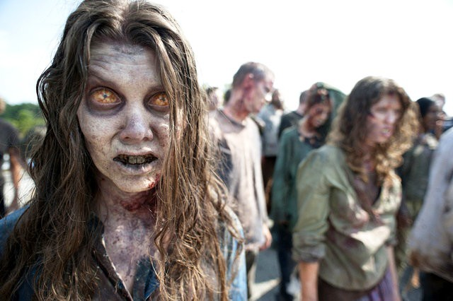 New Teasers of 'Walking Dead' Season 2 Full of Chilling Terrors