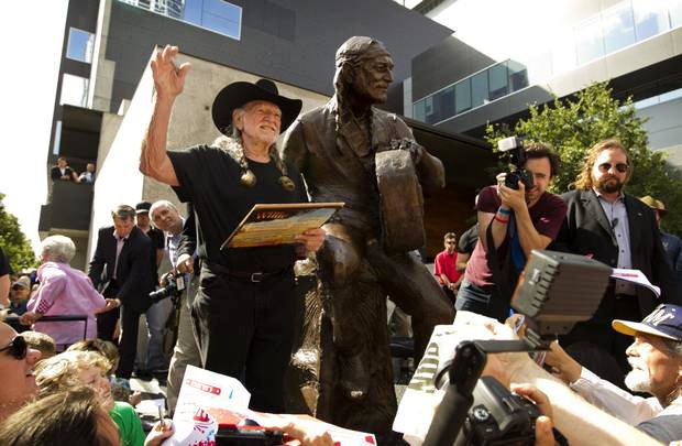 Willie Nelson Honored With Bronze Statue of Himself on 4/20