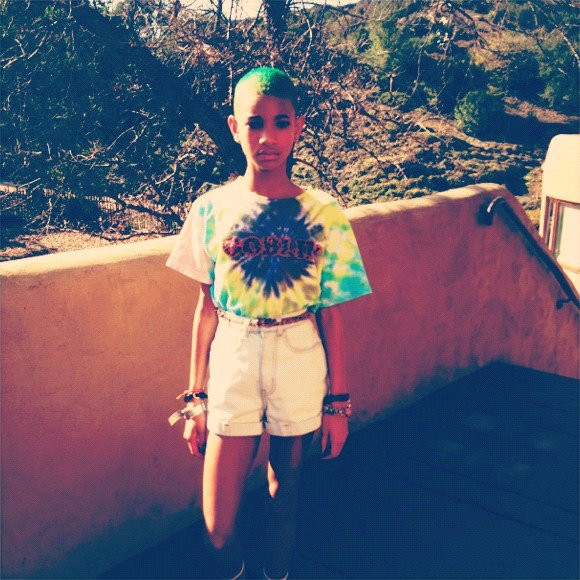 Willow Smith Goes Neon Green for Third Hair Change in a Month