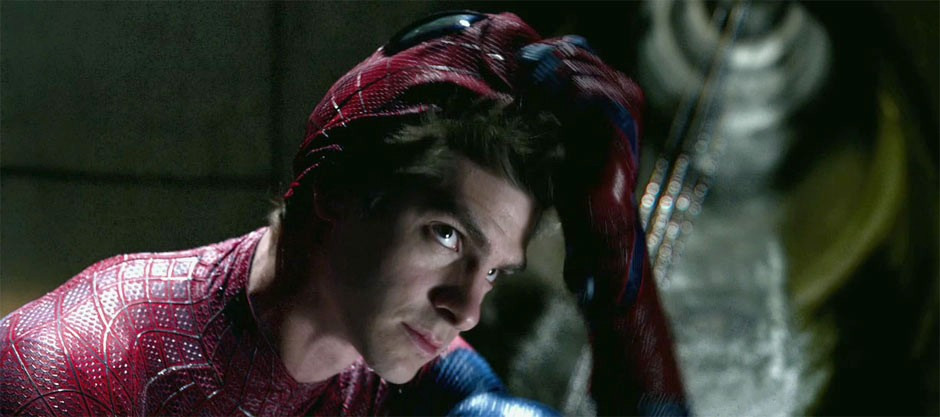 'Amazing Spider-Man' Intense Bridge Scene Revealed in 4-Minute Super Preview