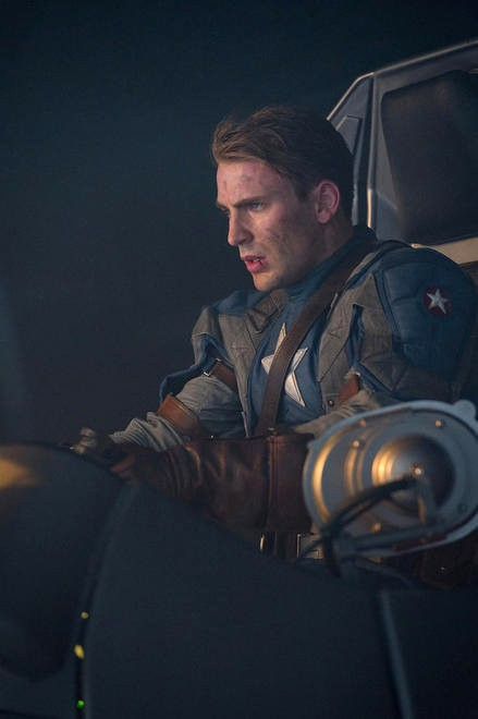 Chris Evans Teases Captain America Could Make Cameo in 'Thor 2'