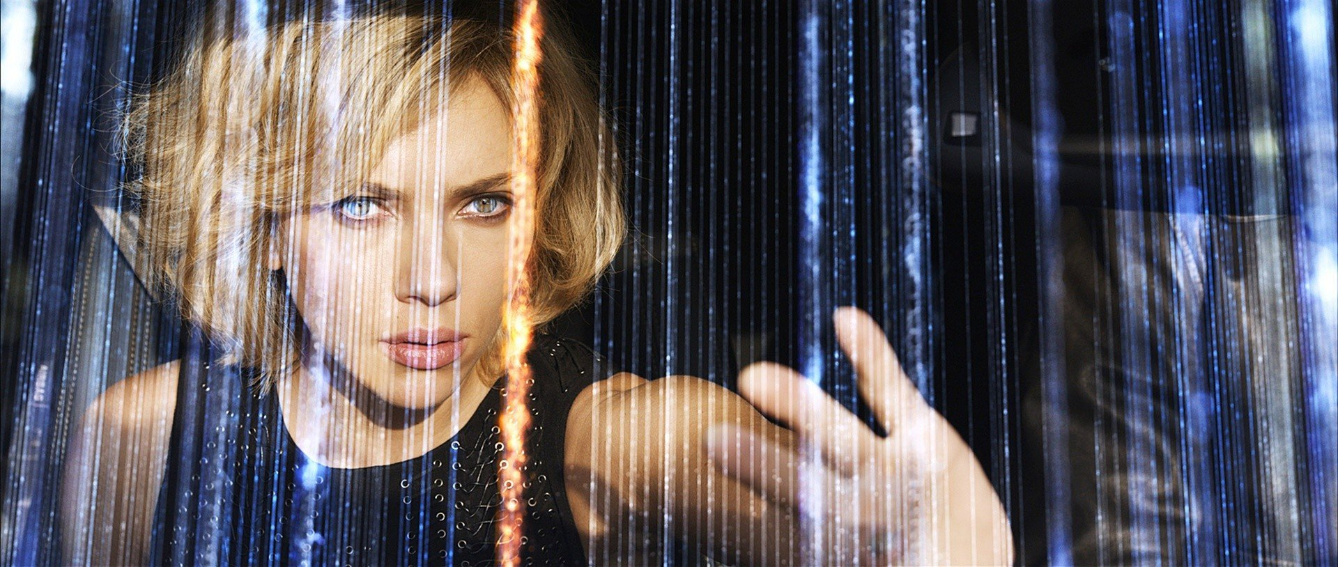 Scarlett Johansson Is Impossible to Defeat in International Trailer for 'Lucy'