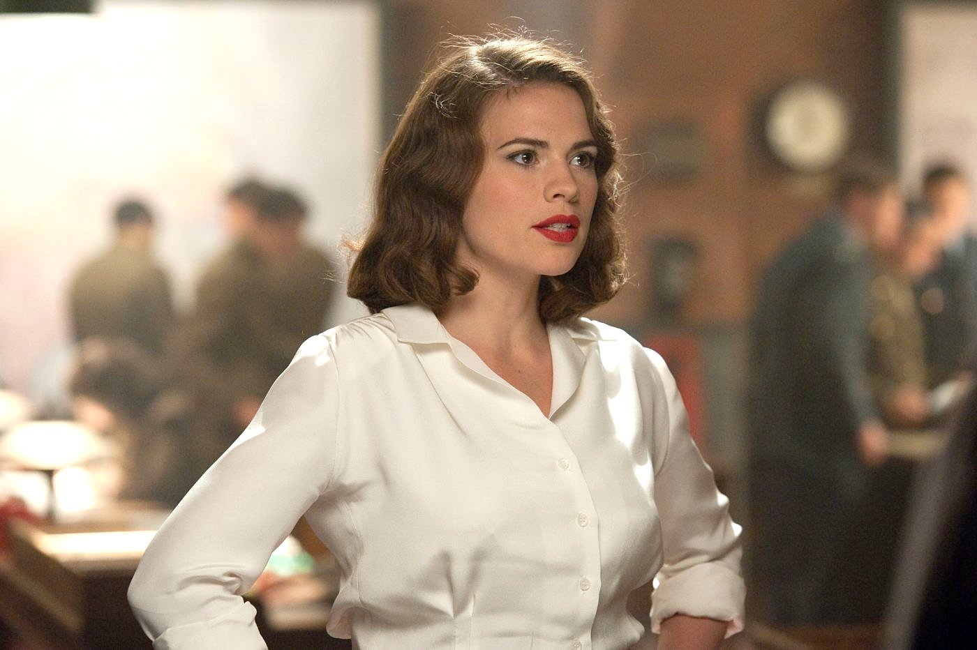 Hayley Atwell and Showrunners Are Booked for ABC's 'Agent Carter'