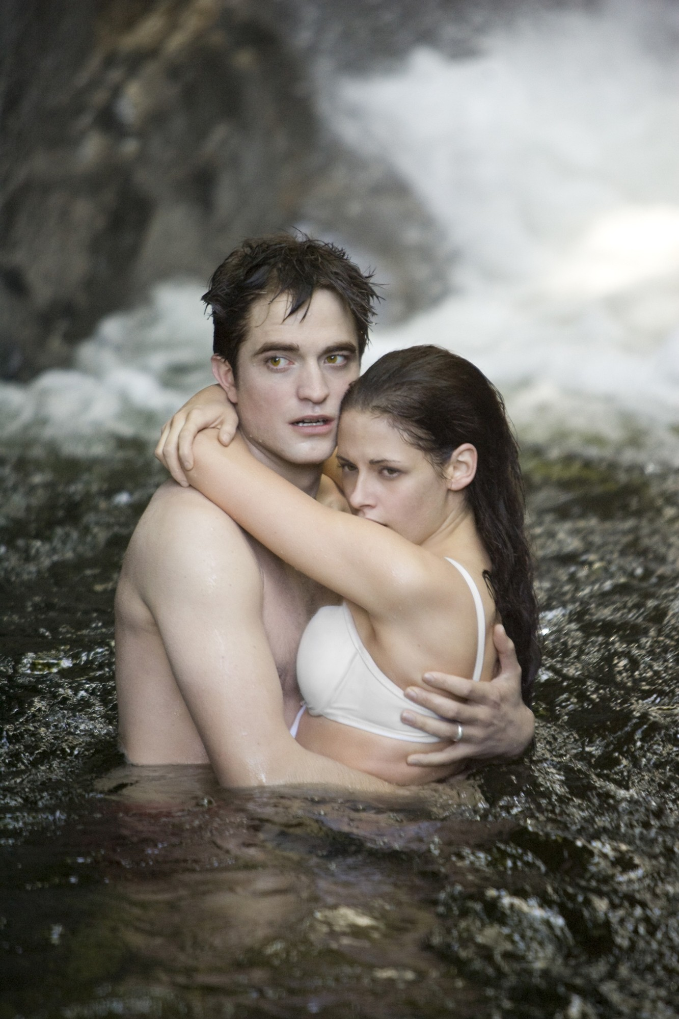 New 'Breaking Dawn Part I' Trailer: Wedding, Pregnancy and Battle With the Wolves