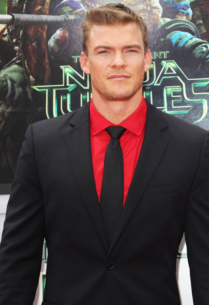 alan ritchson wife