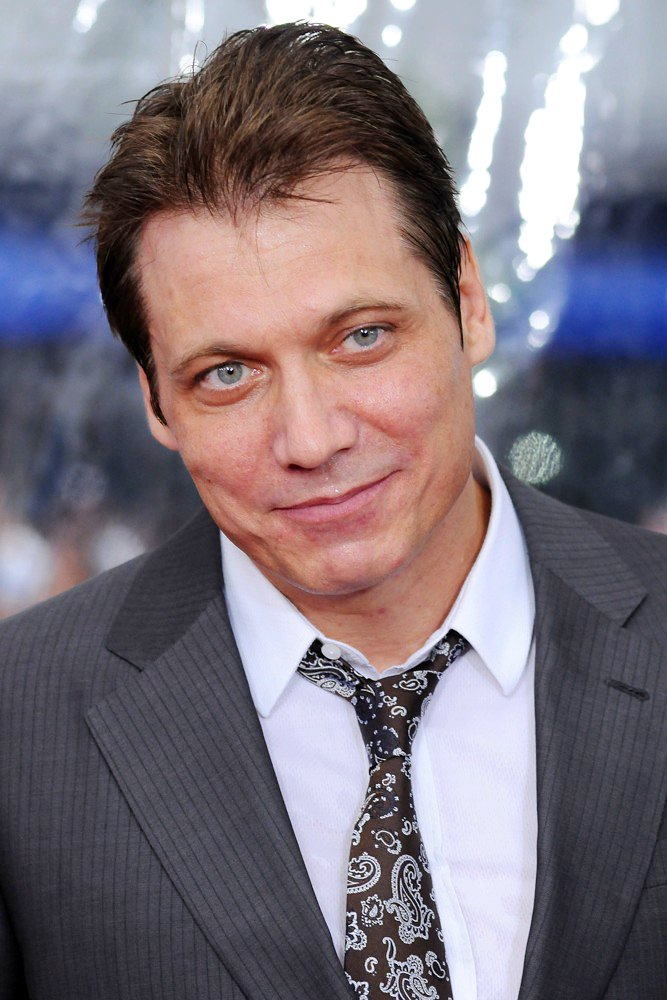 holt mccallany alien 3