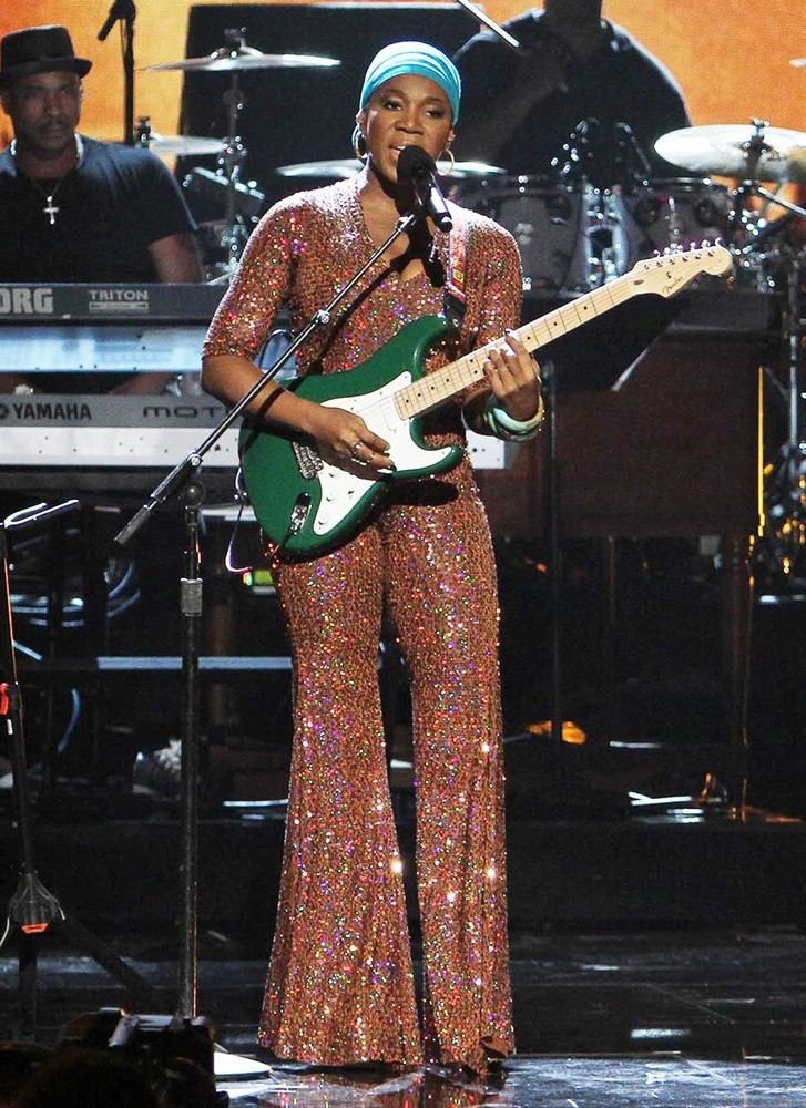 India Arie Bet Performance Video - image 2