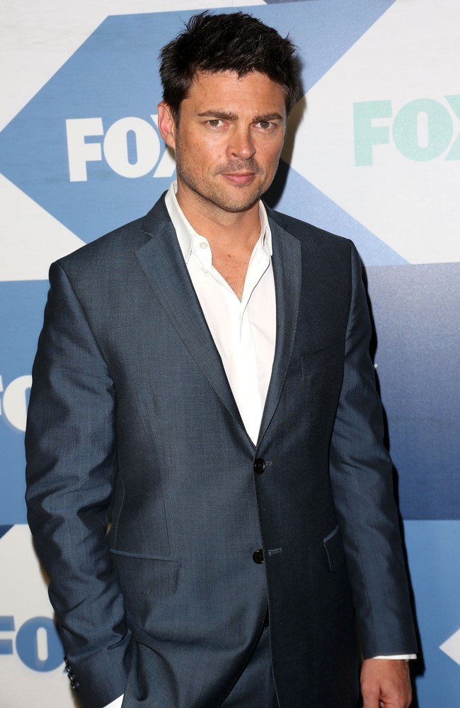 karl urban zachary quintokarl urban gif, karl urban dredd, karl urban height, karl urban almost human, karl urban lord of the rings, karl urban xena, karl urban tumblr, karl urban 2016, karl urban doom, karl urban young, karl urban photos, karl urban microphone, karl urban eyes, karl urban and katee sackhoff, karl urban anton yelchin, karl urban bald, karl urban 2017, karl urban zachary quinto, karl urban dredd 2, karl urban batman